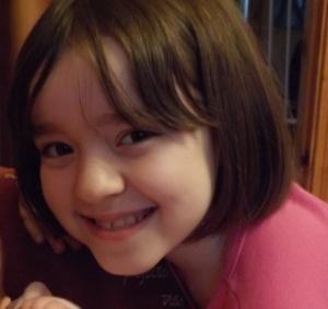 Amy com 9 anos